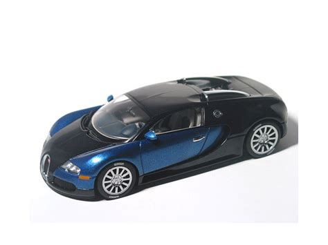 Bugatti Veyron Model Car 1 43 Scale 2005 Blue Ixo Atlas 2891011 Mythiq масштабная модель 1 43 bugatti eb 16 4 veyron production