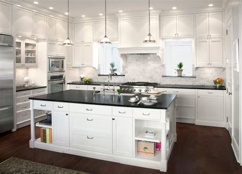 Marble kitchen backsplash kitchen traditional with baseboards ceiling lighting high