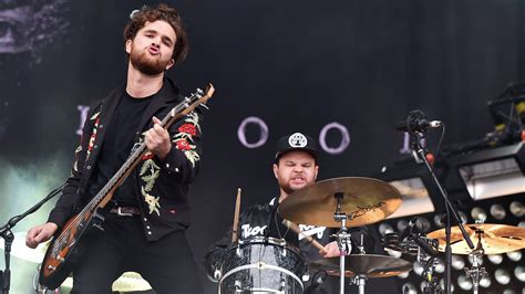 The Blood Royal royal blood live 2015 square festival