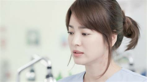 Model Rambut Song Hye Kyo by Song Hye Kyo With Song Joong Ki S Baby Agency