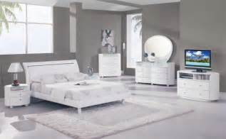 White Modern Bedroom Furniture White Bedroom Furniture Ideas For A Modern Bedroom Small