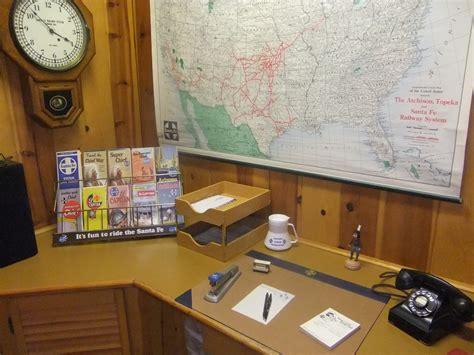 santa fe secretary desk santa fe work desk by southwestchief on deviantart