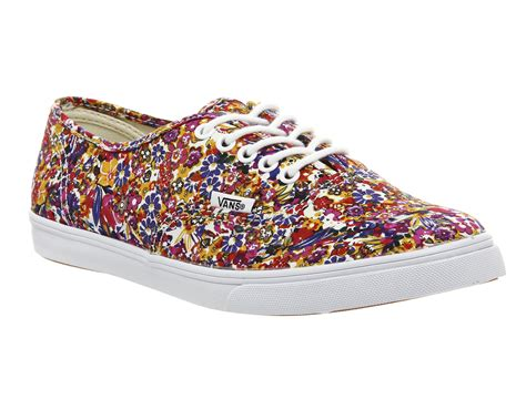 Diskon Vans Authentic Lo Pro Ditsy Floral Pool Green Original vans authentic lo pro ditsy floral trainers shoes ebay