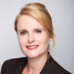 bank julius bär co ag birgit marks banking associate director uhnwi