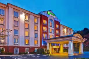 chattanooga tennessee hotels book inn express hotel suites chattanooga