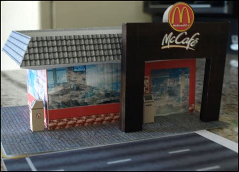 City Papercraft - printable paper crafts diorama of radio city