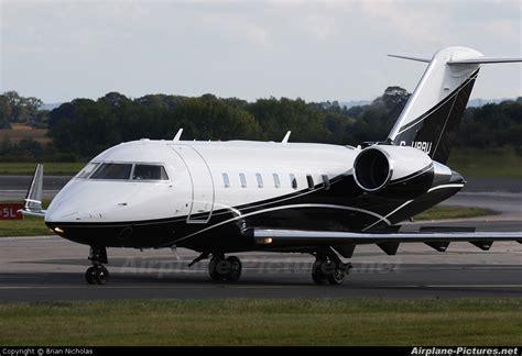 exec jet g urru executive jet charter canadair cl 600 challenger 605 at manchester photo id 157861