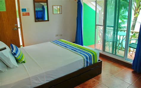 Bluewaves Beach House Discount Hotels Free Airport Pickup Blue Waves House Boracay