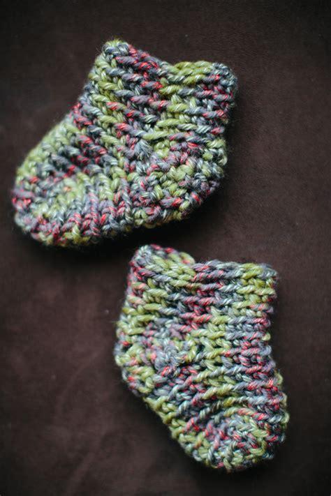 sock tutorial iva s slipper socks crochet pattern the firefly hook