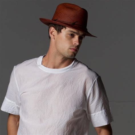 superb ways to style different types of hats for a cool look