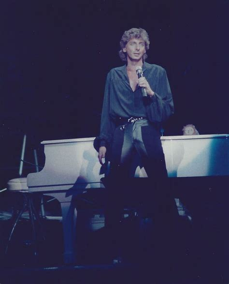 barry manilow fan club 208 best images about barry manilow on pinterest plaza