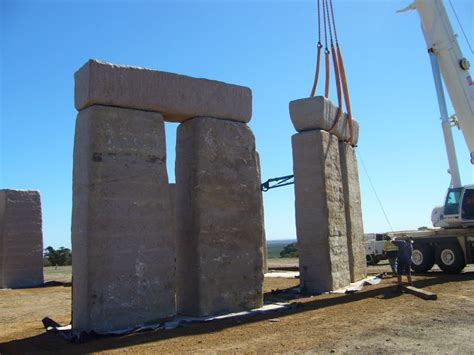 stonehenge construction construction esperance henge