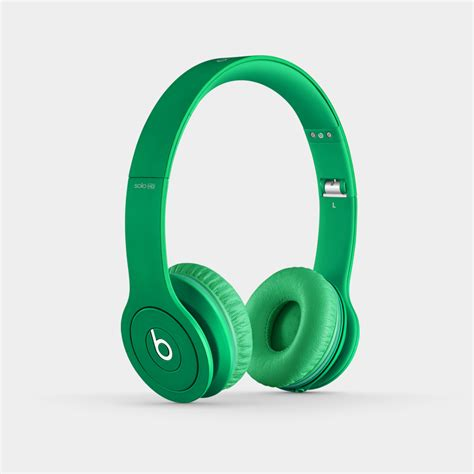 beats solo hd on ear headphone discontinued by amazon com beats solo hd wired on ear headphone matte