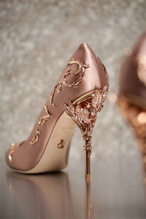 Gold Wedding Shoes by 25 Best Ideas About Gold Shoes On Adidas