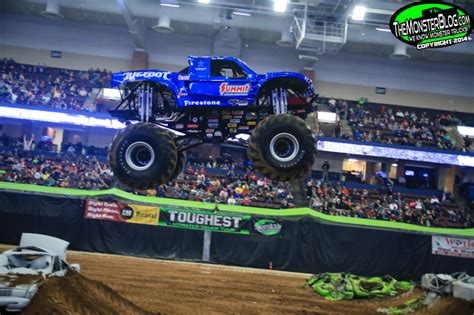 bigfoot monster truck 2014 bigfoot monster truck 2014 44427 pixhd