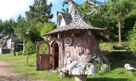 real life treehouse real life hobbit house built out of a single tree trunk