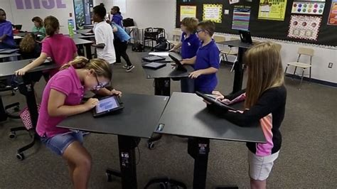 standing desk for kids 5 ways that sitting is bad for our children s health