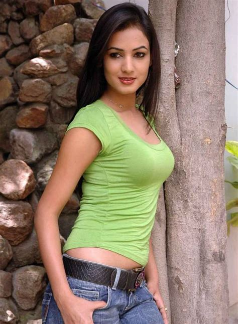sexy tight shirt sexy sonal chauhan hot photos in jeans tight t shirt