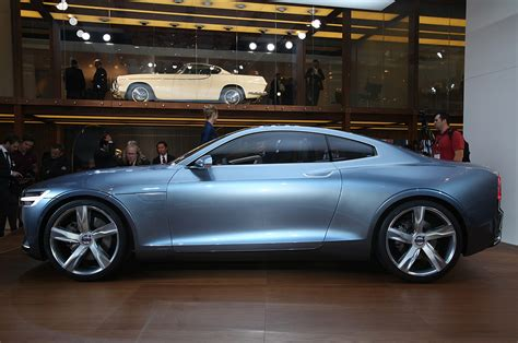 volvo xc coupe volvo xc coupe concept teased before detroit show motor