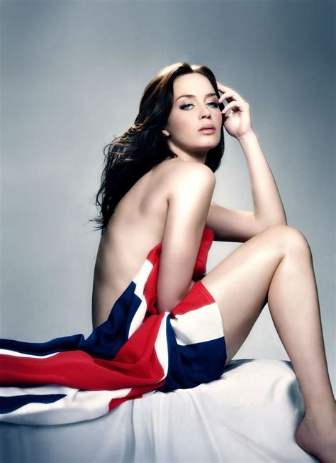 best actress emily blunt 41 hot pictures of emily blunt marry poppins and a quiet