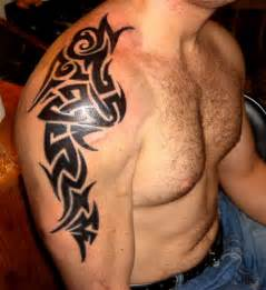 25 tribal shoulder tattoos which are awesome creativefan