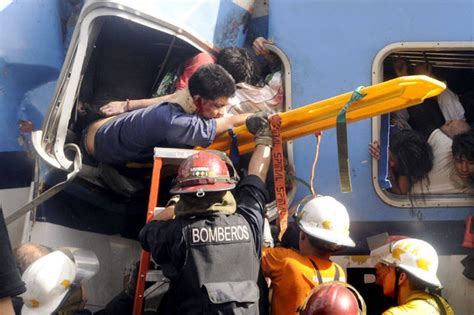 imagenes impactantes del accidente de once choque de tren en once imagenes taringa