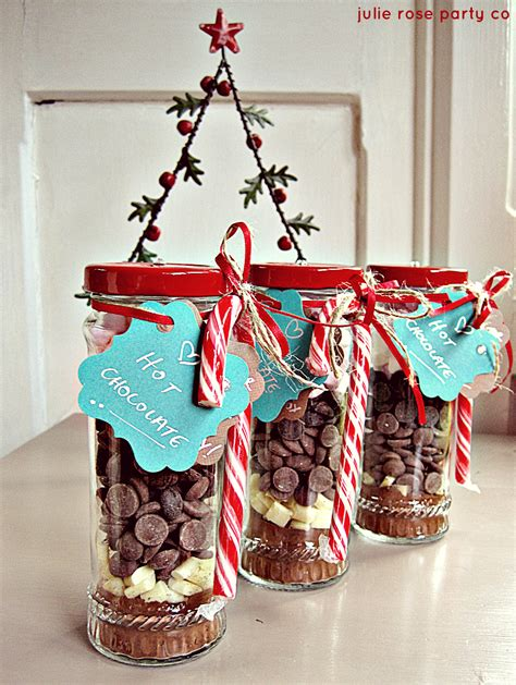Handmade Chocolate Gifts - diy spiced peppermint chocolate julie