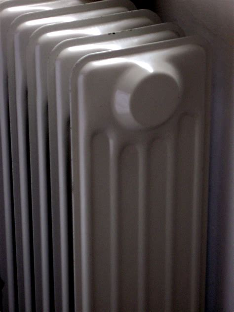 fan that blows cold air apartment heater blows cold air apartment heater