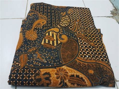 Zola Batik Seragam Kantor Candi batik tulis malang biasa juga disebut malangan batik dlidir