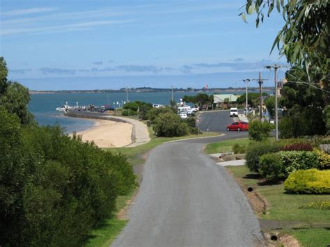 fishing boat hire westernport phillip island accommodation and holiday rentals rhyll