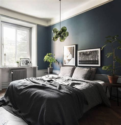 dark blue bedrooms best 25 dark blue bedrooms ideas on pinterest navy