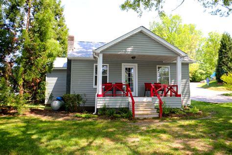 mallard point cottage cabin rental lodging