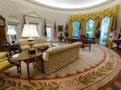oval office tour photos white house oval office renovated business insider