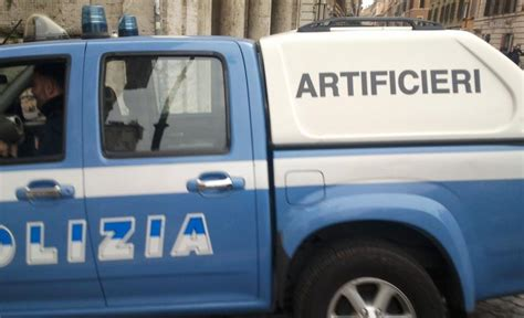 ufficio postale vicino romait roma esplosione in centro davanti ufficio poste