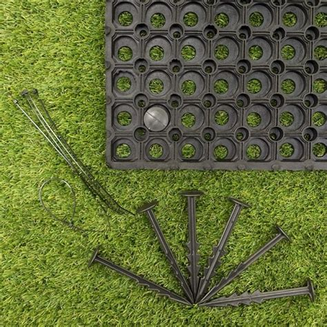 Lawn Protection Mats by Rubber Grass Mats 150x100x2 3cms C W Pegs Ties