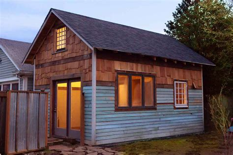 Small Homes Portland Cozy Rustic Tiny House With Vintage Decor Idesignarch