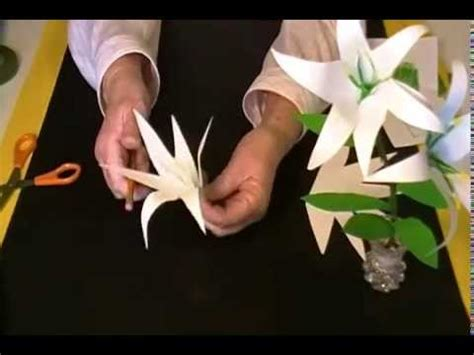 How To Make Paper Easter Lilies - easter