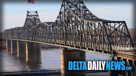 towboat hits vicksburg bridge old vicksburg bridge closed after being hit by 30 barges