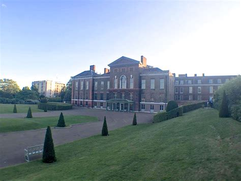 who lives in kensington palace a visit to london s royal parks becboop