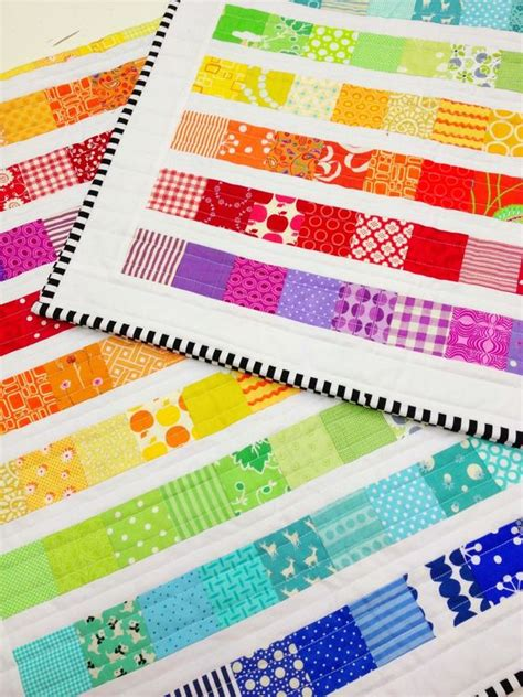 How To Make A Patchwork Quilt Step By Step - rainbow scrap quilt tutorial the machine look at