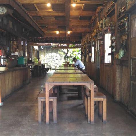 restoran kafe berkonsep unik  bandung wego indonesia travel blog