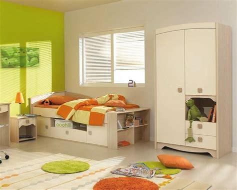 conforama chambre d enfant lit et table de chevet de conforama chambre d