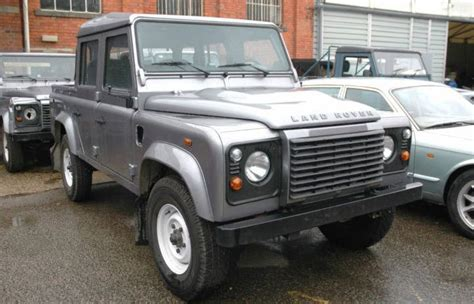 land rover skyfall bond skyfall land rover defender 110 cars