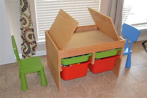 Craft Table for Kids: Designs, Materials, and Complements