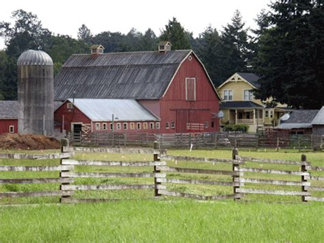 farmhouse ranch quiet on the sets the kent farm of smallville isn t in