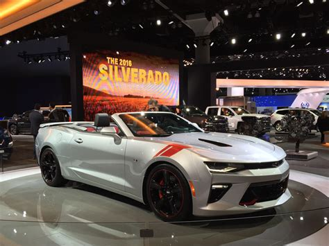 10 best modern day american muscle cars autobytel com