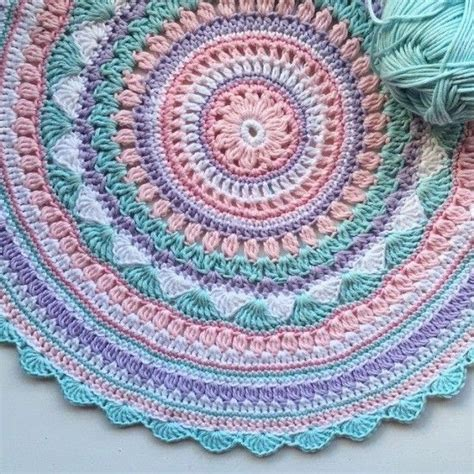how to crochet oval rug 25 best ideas about crochet rug patterns on oval rugs crochet rugs and rug patterns