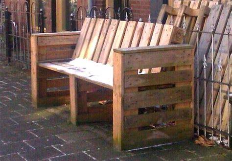 como hacer sillones de palets c 243 mo reciclar y constru 237 r un sill 243 n con material de
