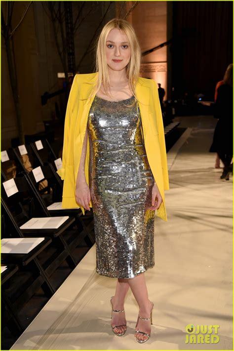 12 Photos Showing Dakota Fannings Fashion Metamorphosis by Dakota Fanning Maren Morris Join Forces At Oscar De La