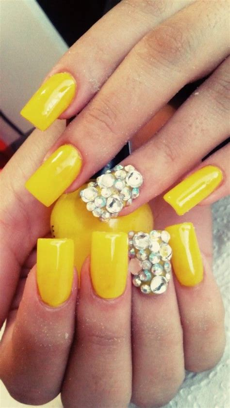 imagenes de uñas acrilicas amarillas u 241 as amarillas perlita nails pinterest